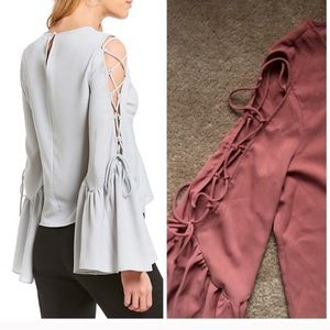 NWT WAYF Nicky tie up bell Sleeve Top.